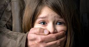 حکم پرونده کودک آزاری در هرمزگان صادر شد/پدر بی رحم زندانی میشود