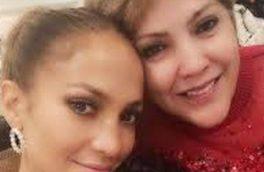 سلفی با مزه جنیفر لوپز در کنار مادر ۶۶ ساله اش + عکس
