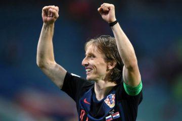 لوکا مودریچ باشگاه آینده خود را انتخاب کرد