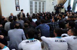لباس خاص و متفاوت خواهران منصوریان در دیدار با رهبری/تصویر