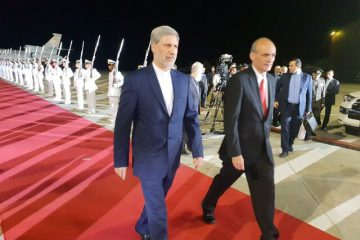 وزیر دفاع ایران وارد کاراکاس شد