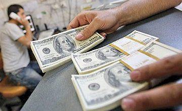 دلار همچنان در کانال ۱۲ هزار تومان ماند