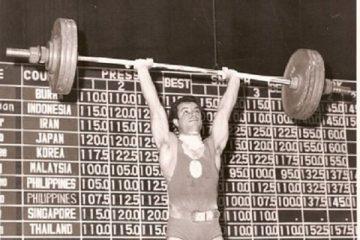 پیشکسوت وزنه برداری در گذشت