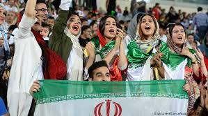 مهلت فیفا برای حضورزنان در ورزشگاه پایان یافت